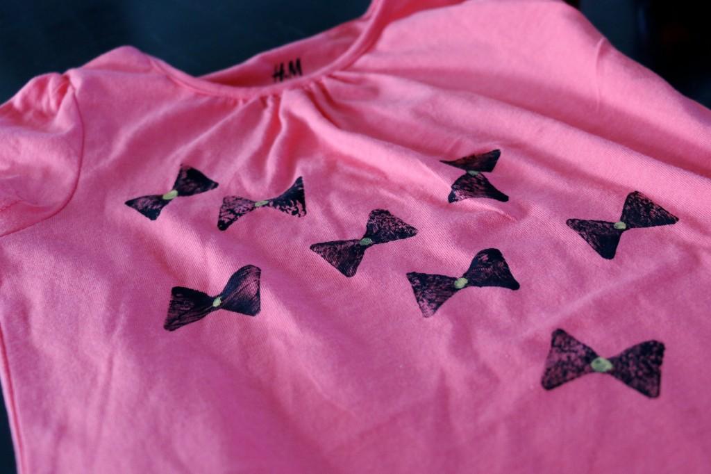 textil_tryk_sommerfugl_slojfe_pink