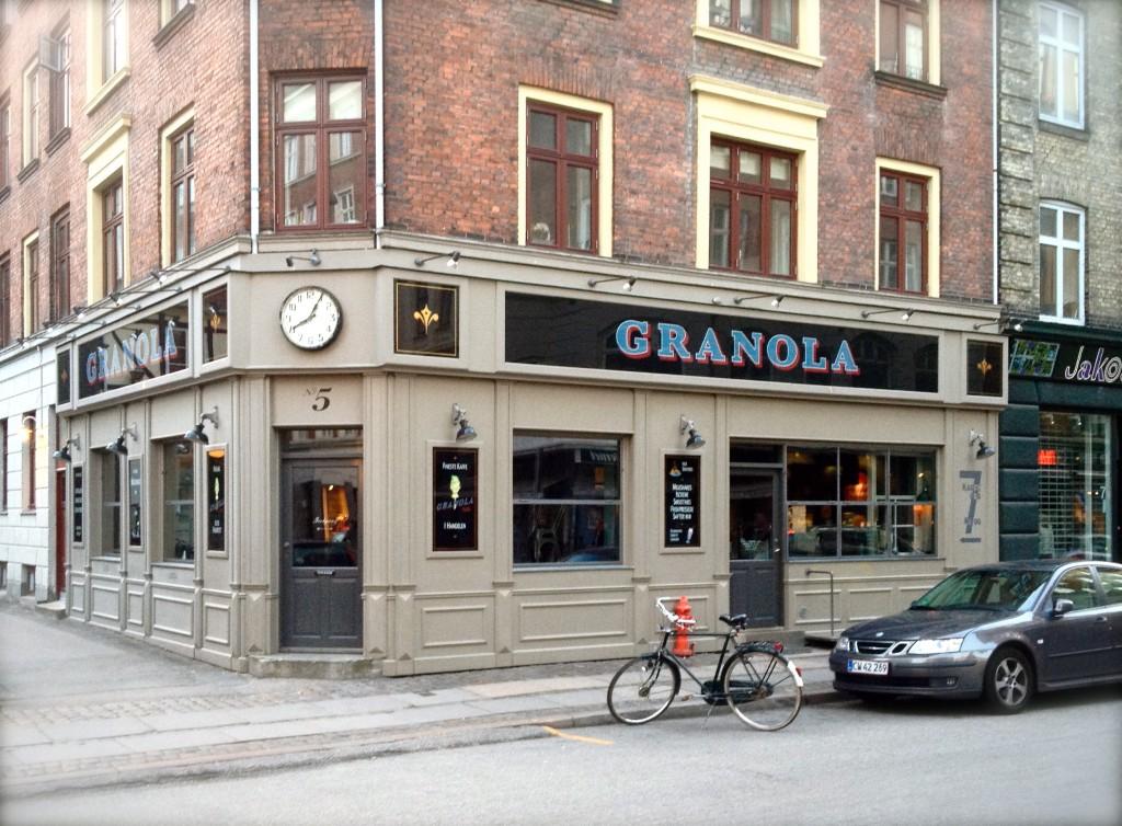 Værnedamsvej Granola cafe