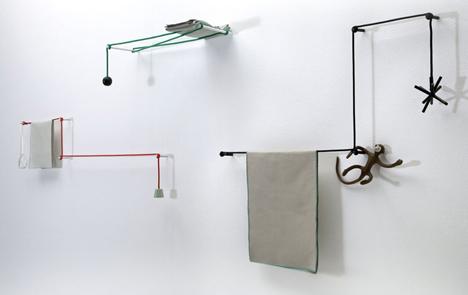 Dezeen_Towel-Hanger-by-Hioomi-Tahara-3