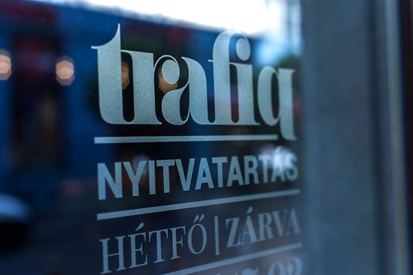 trafic_identitet_skilt