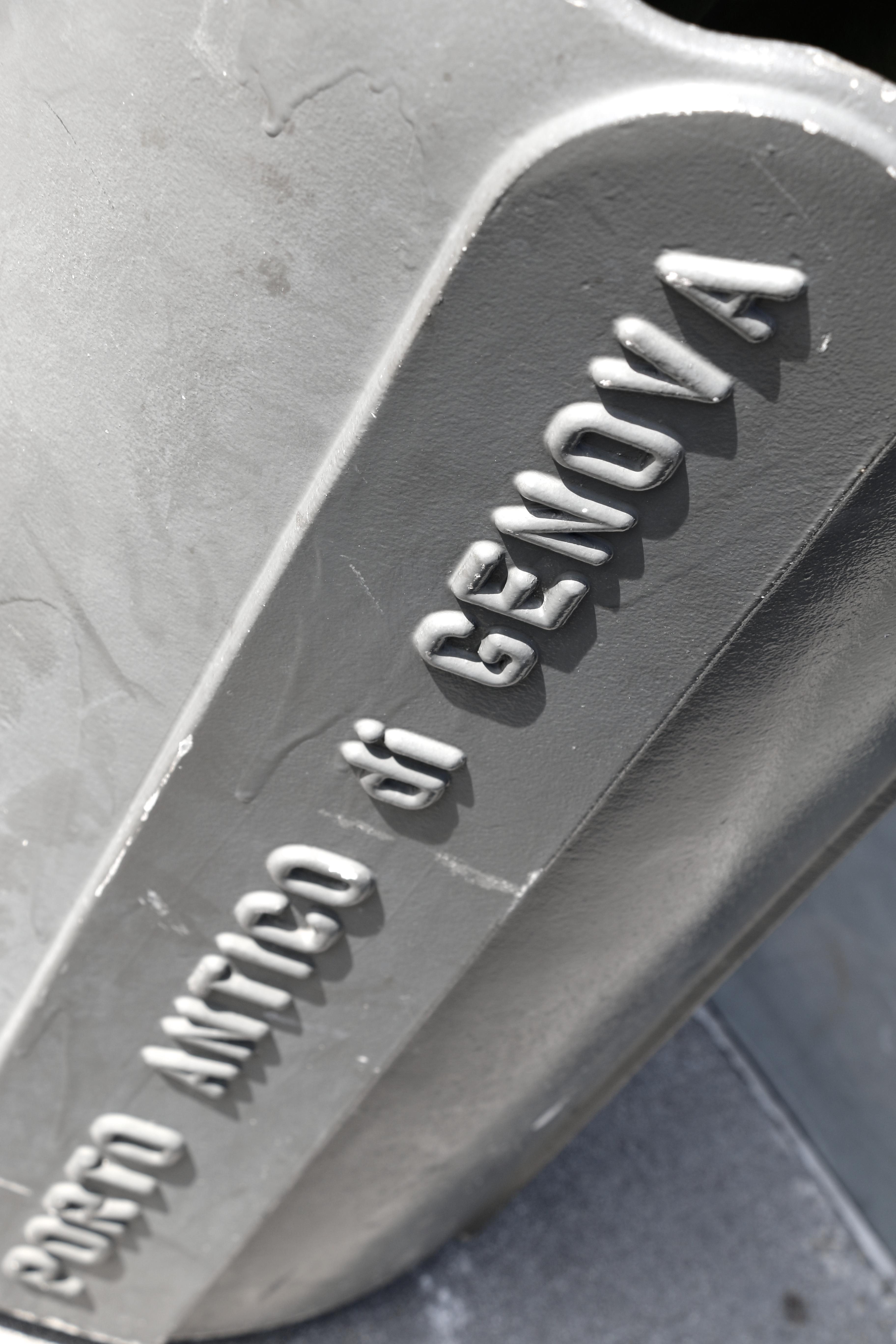 Typo_3D_Genova_skraldespand