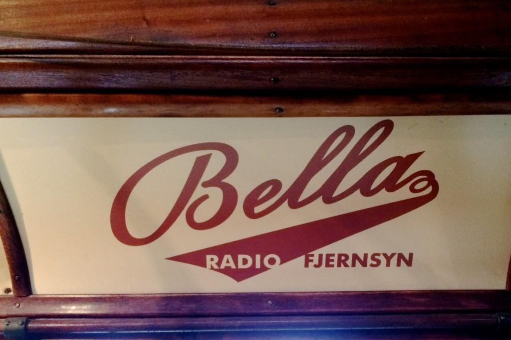 Klassiks_typografi_skilt_bella