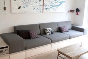 sofa_DIY_opbevaring_hynder_plads_stor