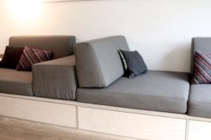 sofa_DIY_opbevaring_hynder_skumhuset